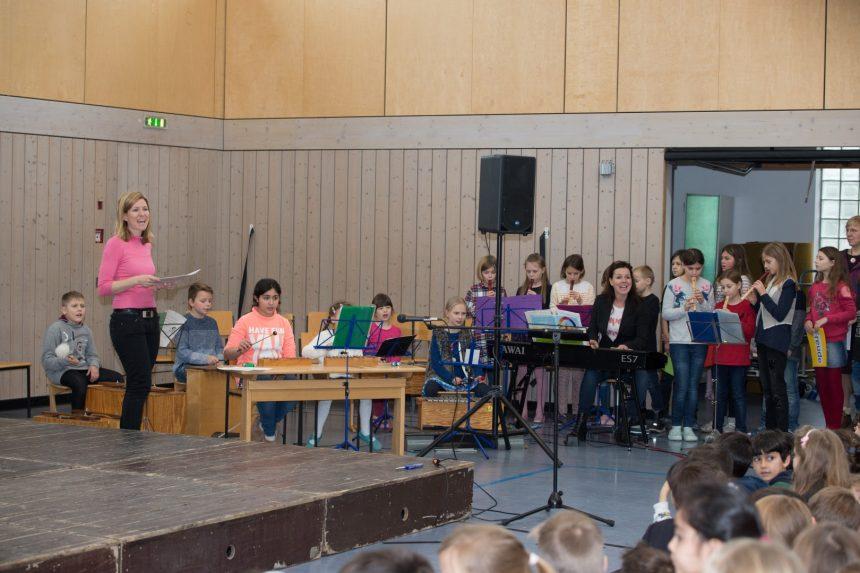 Weihnachtsfeier Theaterstück.Weihnachtsfeier Grundschule An Der Bräugasse